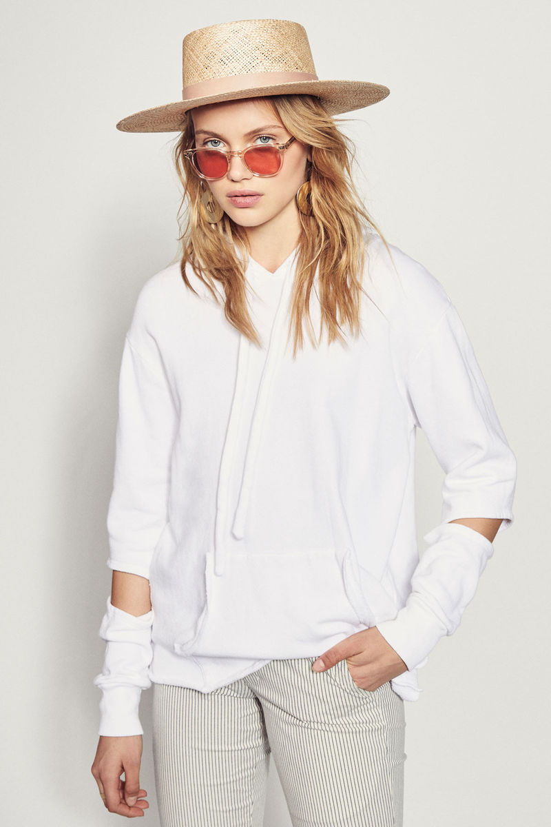 Sum17_axel_hoodie_white_front_3