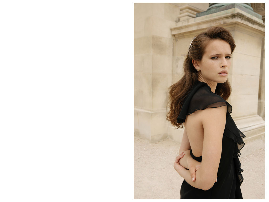 Kat_and_magdalen_editorial_in_paris.012
